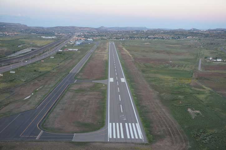 KGUP Final Approach, Runway 6